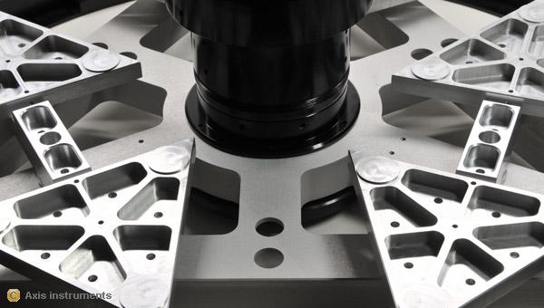 Axis instruments newton cassegrain de 500mm for Miroir cassegrain